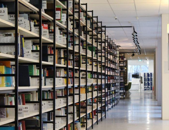 """Biblioteka Starachowice: """"Mimozami jesień się zaczyna…"""""""